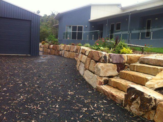 RANDOM SANDSTONE RETAINING WALL. Retaining Walls Brisbane area. img2