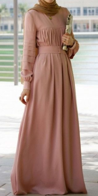 Modest long sleeve maxi dress full length stylish trendy fashion | Mode-sty