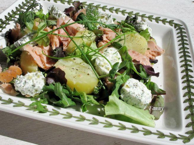 Салат из молодого картофеля с копченым лососем