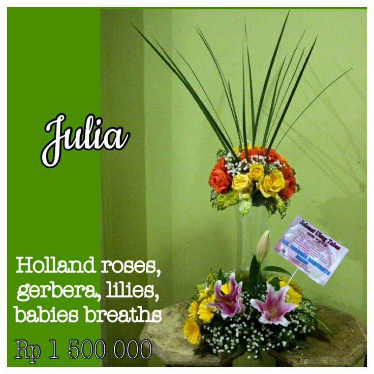 Banjarmasin florist / Borneo. Julia flower arrangement. Holland roses,gerbera, lily and babies breaths. www.liengallery.com  #surabaya_florist #LienFlowerDecoration #tokobunga #tokobunga_surabaya #delivery_florist_indonesia #florist #fleurs #flower_arrangement #florist_banjarmasin #bunga_meja #bungameja #bouquet #rangkaian_bunga #Indonesia #liengallery #www.liengallery.com #tokobunga_banjarmasin