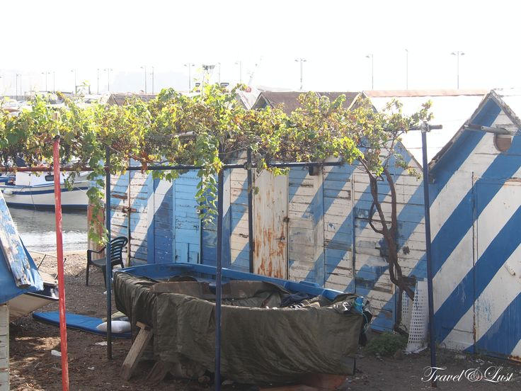 Fishermen were seen storing their equipments in these little shelters.
