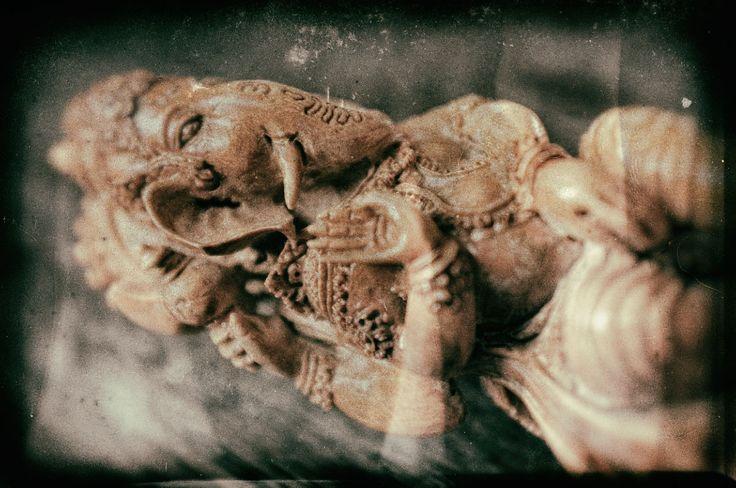 The Hindu God Ganesha hand-carved as a kris sword hilt © 2016 Bali Charm