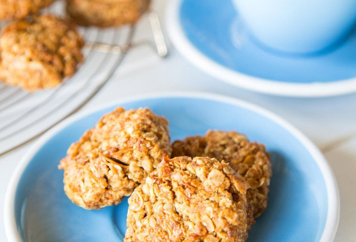 Anzac Biscuits - Nadia Lim very low in sugar no white refined sugar