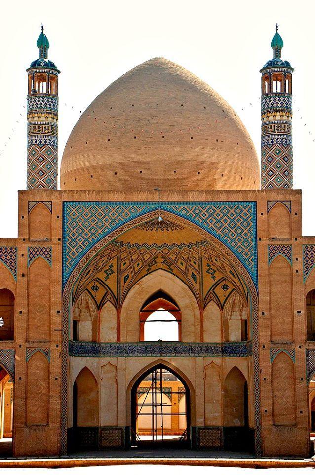 Agha Bozorg Mosque & School, Courtyard View. Kashan (photographer: B. Allardice) - by shirin-gol