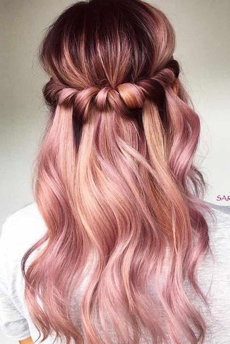 Wicked 20 Rose Gold Balayage Inspiration for You https://www.fashiotopia.com/2017/12/27/20-rose-gold-balayage-inspiration/ The color that is currently popular is rose gold. You may know this color from Apple's iPhone, but what if this color is used as a hair color? Hair...