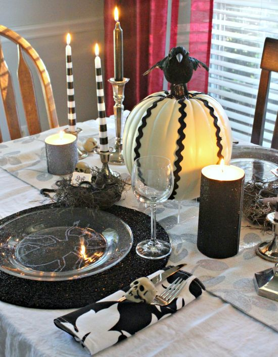 263 best halloween dining rooms images on pinterest halloween 30 magnificent diy halloween table decorations solutioingenieria Images