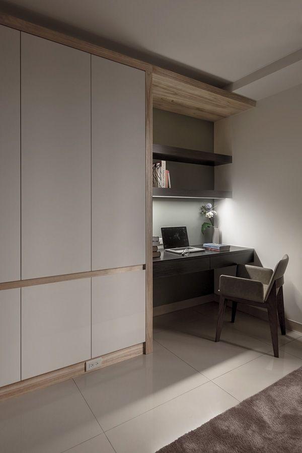Buen diseño para mueble, biblioteca piso techo.