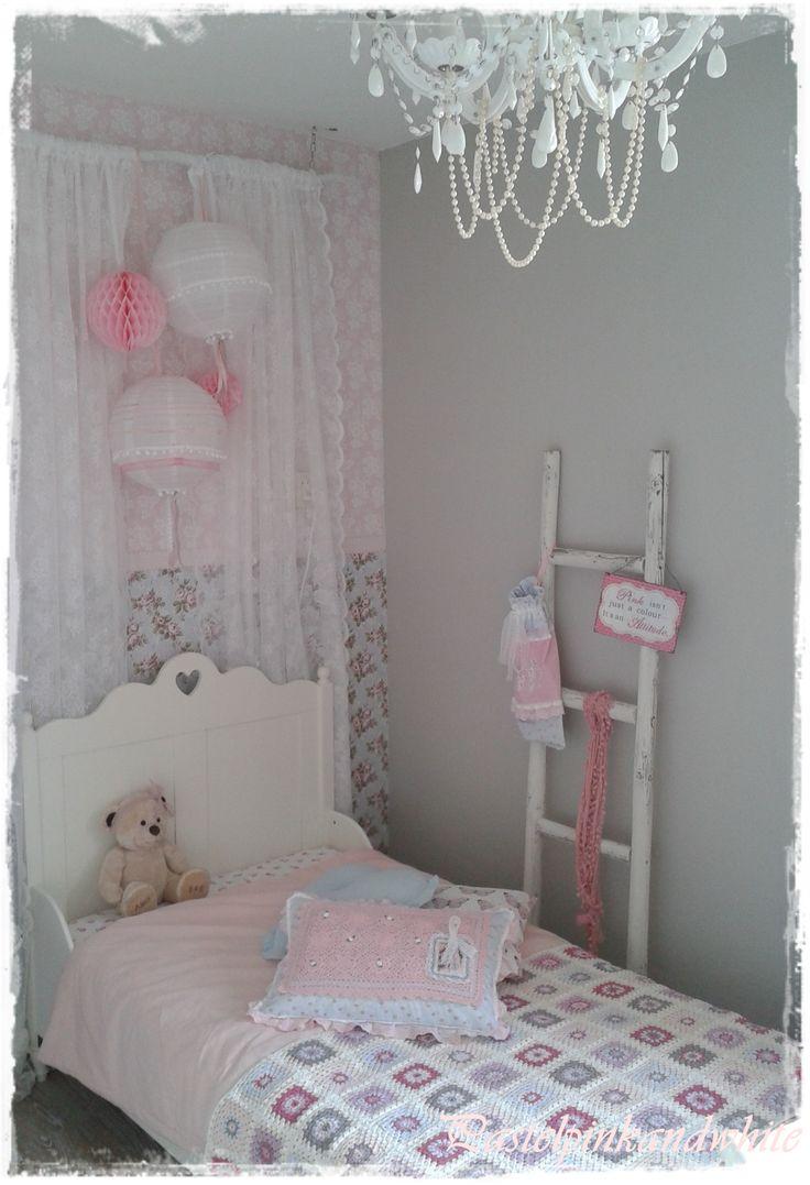 25 beste idee n over meisjes slaapkamer kleuren op pinterest meisjeskamers verven kleur - Roze meid slaapkamer ...
