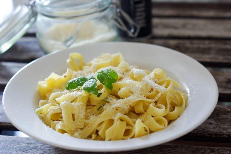 Tagliatelle mit Trüffelöl und Parmesan. Super lecker und super einfach zugleich