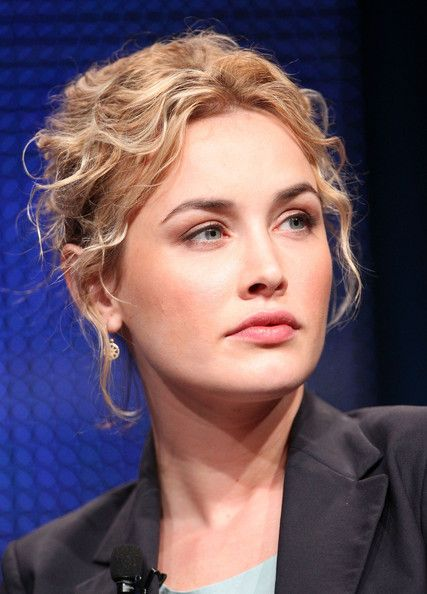 Dominique McElligott Pictures - 2011 Summer TCA Tour - What a natural beauty