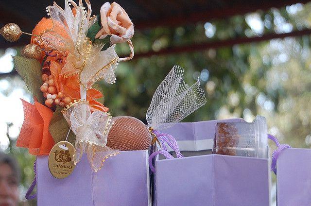 Cadouri pentru miri, sau cadourile mirilor catre invitati ? :)