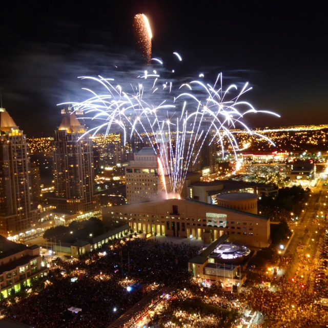 Happy Canada Day! Firework at #Mississauga #CelebrationSquare