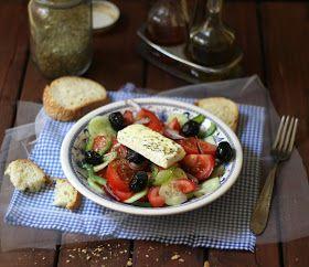 Insalata greca / greek salad La versione originale che poi è quella della mia famiglia!