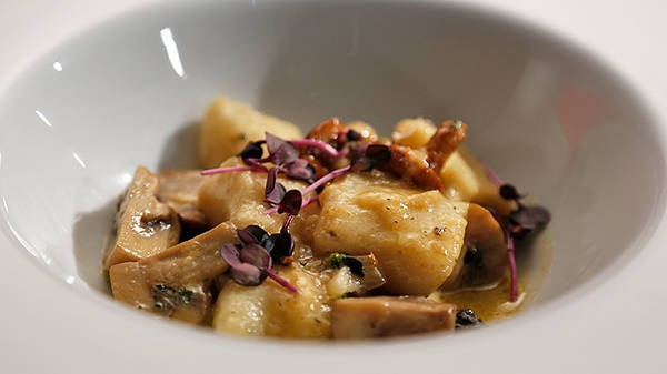 Gnocchi with Wild Mushroom and Truffle Oil - Saw this on My Kitchen Rules and so badly want to try it!