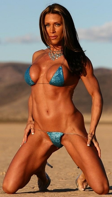 Female Fitness Models And Female Fitness Competitors 7