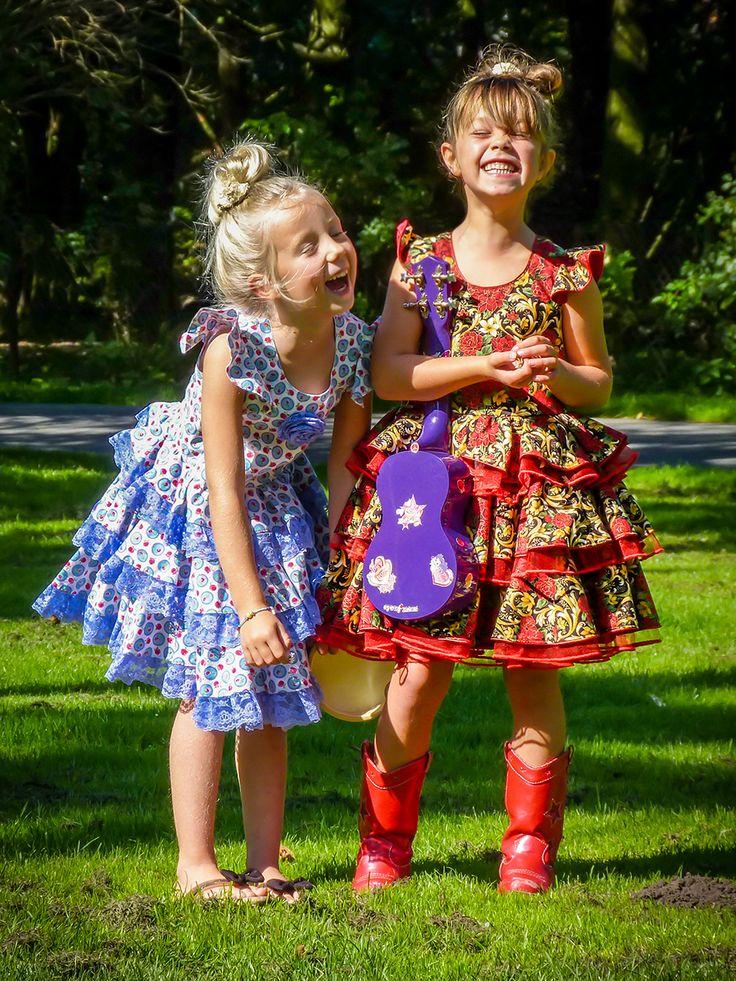 Lovely Miz Miz fotoshoot. Handmade dresses EUR size 122