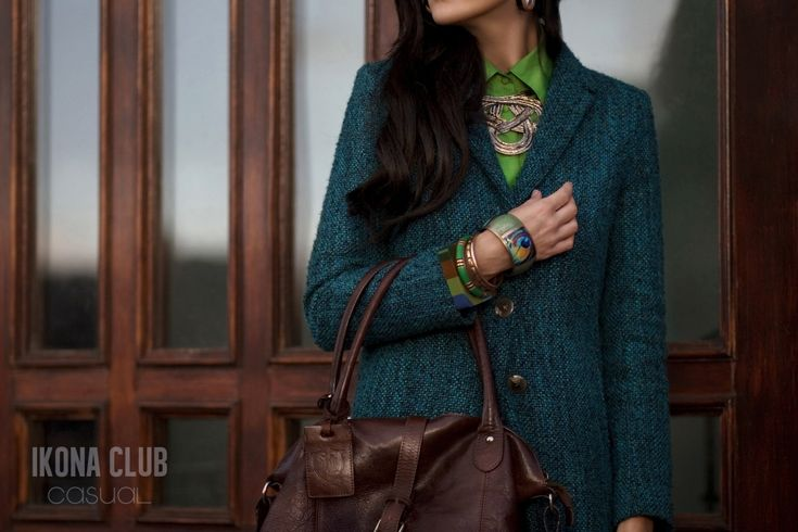#STREET #FASHION #CASUAL #STYLE #BLOG #ACCESSORIES #COAT #SILK #NECKLACE #EARRINGS #BAG #BRACELET