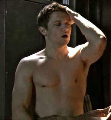 jeremy-renner-shirtless   Jeremy Renner   Pinterest ...