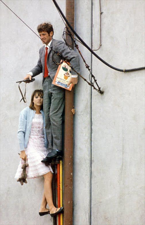"TheRedList. @The_RedList 27 Dec 2016 Anna Karina & Jean Paul Belmondo in ""Pierrot le fou"" directed by Jean Luc Godard, 1965"