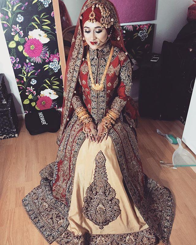 Loved her entire look.  Stunning #realbride Nadia.  Hijab styling by @humairawaza  #lipabrides #lipamakeup #asianbride #bengalibride #asianmakeupartist #hijabibride #bangladeshi_bridalglam #bangladeshi_bridezrock #bangladeshibride