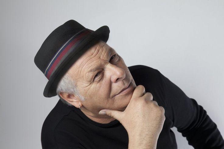 Diretta alle 16 con Enzo Gragnaniello, intervista e performance dal vivo