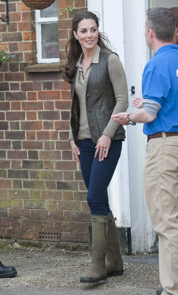 Kate wore leather-lined Le Chameau wellies.