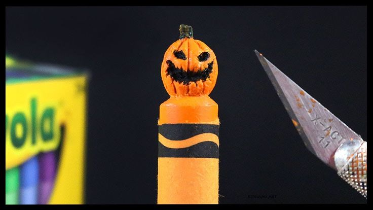 Halloween Pumpkin Crayon Carving by Kitslam