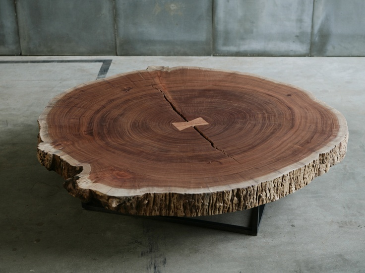 15 best images about crosscut wood furniture on pinterest for Tree slice coffee table