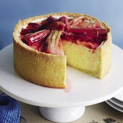 Baked vanilla cheesecake with rhubarb & yoghurt