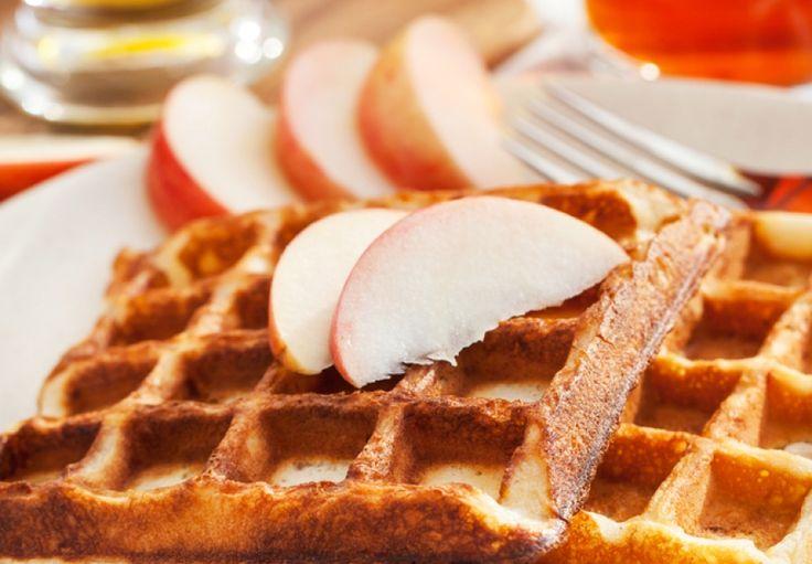 Jablečné waffle se skořicí