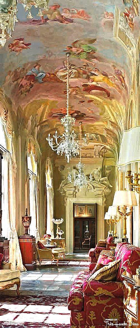 The Royal Suite Living Quarters - Four Seasons Florence  — Très Haute Diva