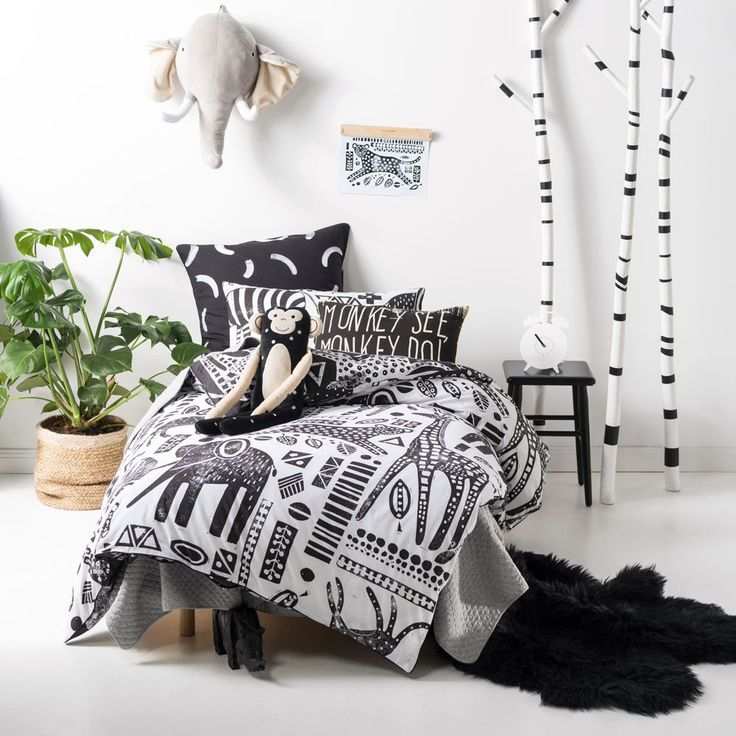 Hiccups Mamba Black Quilt Cover Set