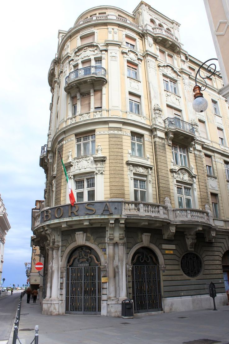 Palazzo Dreher Piazz Borsa