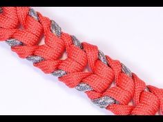 How to Make the Raging River Paracord Survival Bracelet - BoredParacord - YouTube
