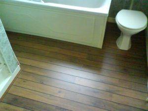 Best 25 Laminate Flooring For Bathrooms Ideas On