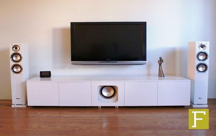 tv meubel dressoir maatwerk design meubelmaker fijn timmerwerk hillegom hoogglans wit high gloss white hifi custom made handmade cabinet cabinetry