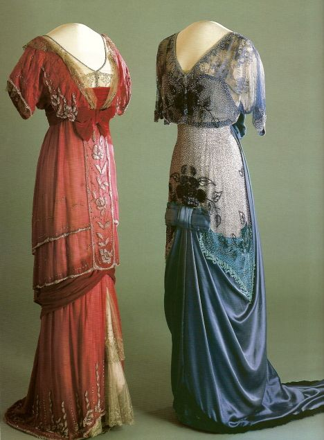 1910's era dress with the 1890 dress