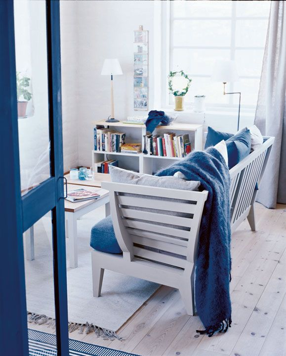 For the sea lovers - blue and white living room - Norrgavel