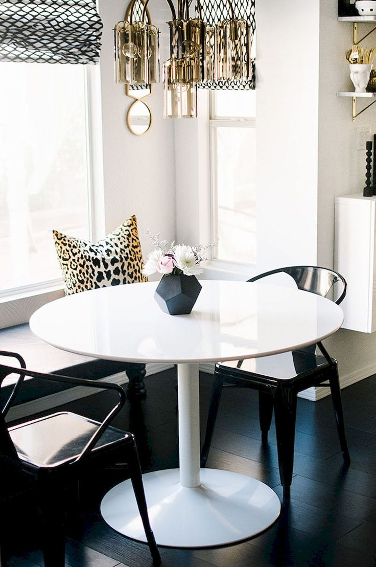 Cool 75 Small Dining Room Table & Decor Ideas https://insidecorate.com/75-small-dining-room-table-decor-ideas/