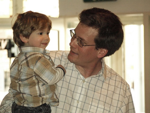 John Green and little Henry! This melts my heart! He seems like such an amazing dad! This picture is so precious and adorable!