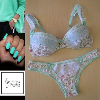 Estampa delicada, rico em detalhes ... feito para quem ama lingerie.