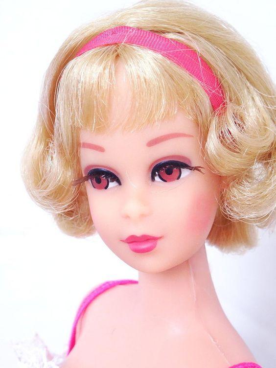 Vintage 1966/1976 Barbie Doll Twist & Turn Blonde Hair Blue Eyes Earrings Mattel   eBay