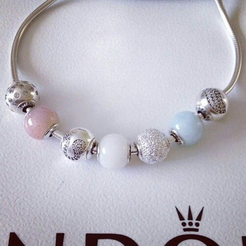 Beautiful pandora essence bracelet.  I love, love, love the new Pandora Essence bracelets!