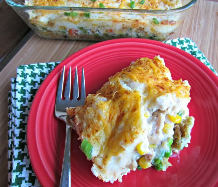 Renee's Kitchen Adventures: Thanksgiving Leftovers Casserole and lots of ideas for Thanksgiving Leftovers! #allstarsleftoverchallenge   This casserole is surprisingly delicious and easy to prepare!
