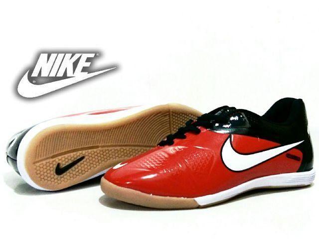 Futsal Nike ctr Rp.215.000 Size 39-43 Order : Add BBM >> 59FB2333 Wa >> 08891000337 Id Line >> 30kaisha1805 #bandung #shoes #bandungshoes #sepatu #sepatuhandmade #sepatupria #sepatuwanita #sepatulokal #sepatusport #sepatufutsal #footwear #boots #safetyboot #casual #slop #pantofel #kickers #adidas #nike #puma #timberland #clarks #doctmart #crocodile #vans #converse #wakai by bandung_shoestore