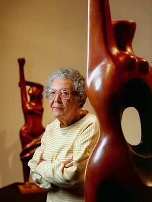 Elizabeth Catlett, a sculptor and printmaker who was widely considered one of the most important African American artists of the 20th century despite having lived most of her life in Mexico, has died. She was 96.