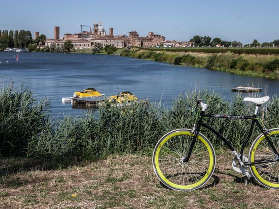 Cycling Spain's Countryside Will Leave You Breathless! https://cyclemapapp.com/cycling-spains-countryside/?utm_campaign=coschedule&utm_source=pinterest&utm_medium=CycleMap&utm_content=Cycling%20Spain%27s%20Countryside%20Will%20Leave%20You%20Breathless%21