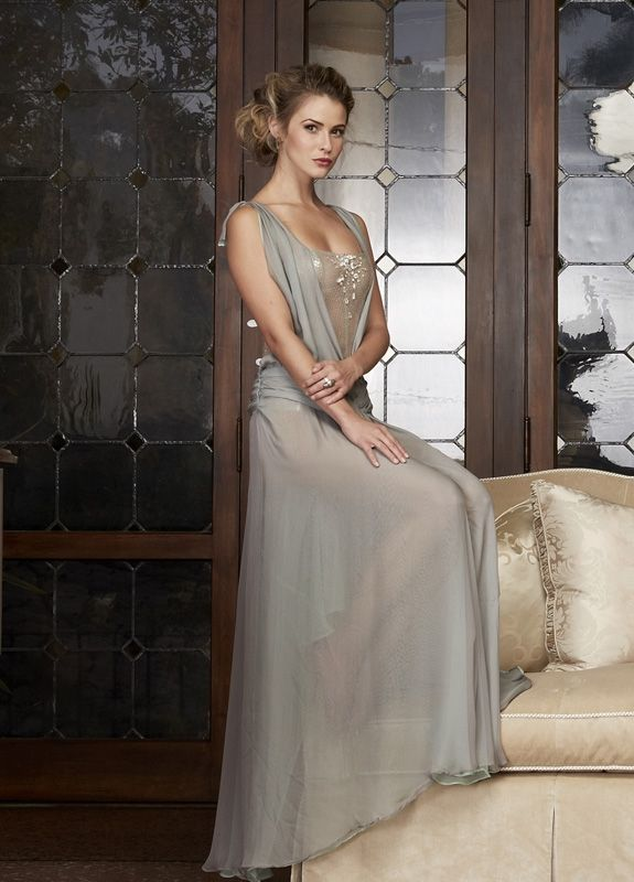1000 Images About Linsey Godfrey On Pinterest The Bold