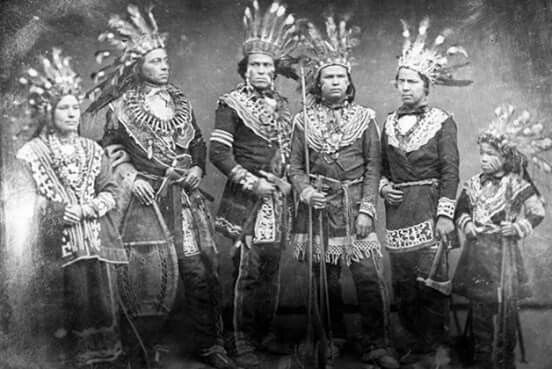Mississauga portrait 1800 were members of the Ojibway Nation in Ontario and US midwest.