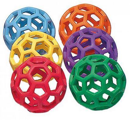 JW Hol-ee děrovaný míček Medium (11 cm )